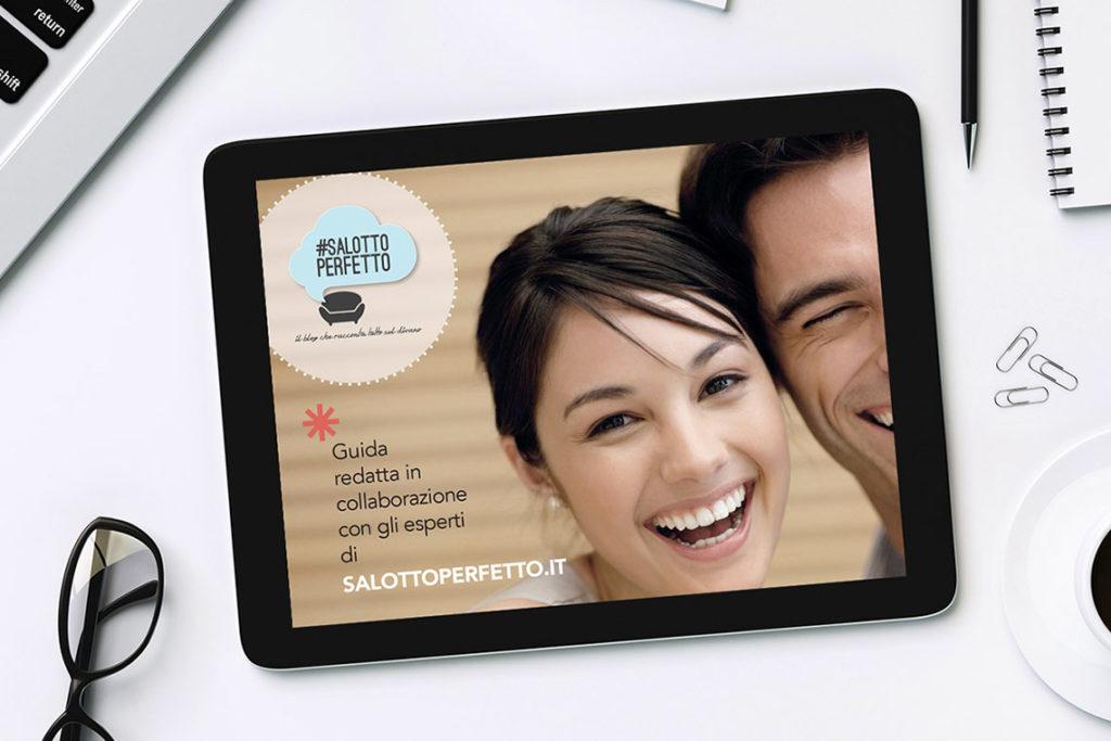schermo di iPad con faccia di donna