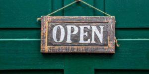 cartello negozio open